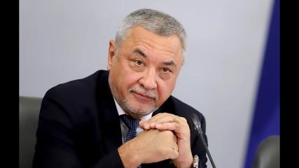 Симеонов одобрява идеята за ремонт на Конституцията, НФСБ има и свои предложения