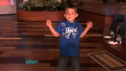 6 годишно хлапе танцува супер готино