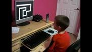 Това дете повече никога няма да сяда на компютър