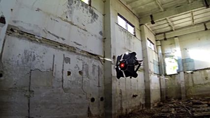 Russia: See replica of Half-Life 2's City Scanner drone in flight
