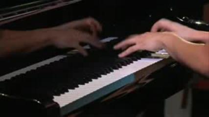 Супер Бързо Свирене На Пиано