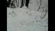 Взривяване на снежен човек !
