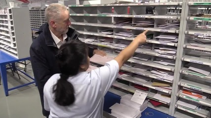 UK: Corbyn vows to keep Royal Mail public on National Postal Workers Day