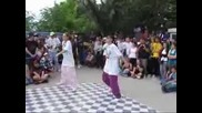 Hip Hop Dance The Sneakers - Keckite