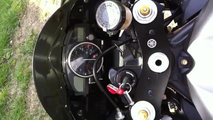Yamaha R6 Black and Gold 2010