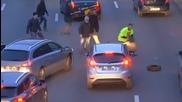 Безредици във Франция, стачкуващи и полиция се сбиха