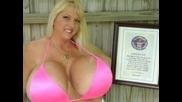 (+14) Жената С Най - Големите Естествени Гърди В Света
