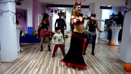 Kamatoween Belly Dance