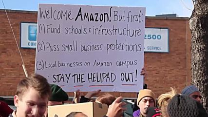 USA: Queens residents protest against new Amazon HQ