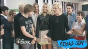 R5 canta Heart Made Up On You en Violetta 3 + превод