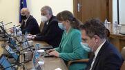 Борисов за ваксинацията: Съсредоточете се върху медиците и уязвимите групи