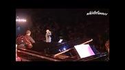 Една от първите песни на Димитрис Митропанос - Дай ми огън (оригинал и на живо) (превод)