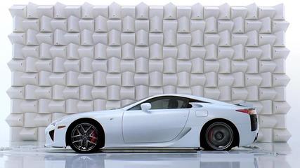 Lexus Lfa чупи чаша с шума от двигателя