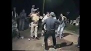 селски тарикати играят диско-супер смях!!!