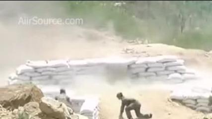 Как жена хвърля граната :)