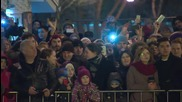 Russia: Thousands bid farewell to winter at Moscow Maslenitsa party