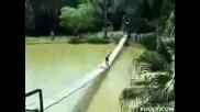 Пиянде На Въжен Мост Смях :)