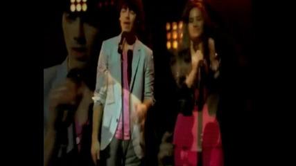 Jonas, Miley, Demi and Selena - Send it On