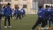 Левски тренира в студа в София