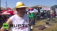 Сърбия: Оптималният тест? Сърби се състезават в готвене на тестиси