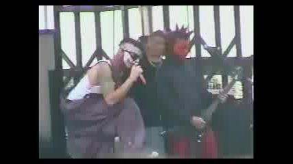 Mudvayne - 1 (live Ozzfest)