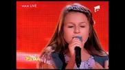 Момиче от Румъния взриви залата с изпълнението си на песента на Алла Пугачова - Любов похожая на сон