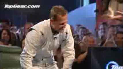 Top Gear !!!стиг сваля каската си!!!