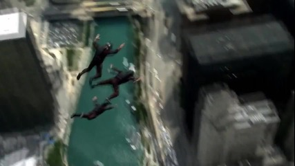 Transformers 3 - Wingsuit Base Jumping (behind the Scenes)
