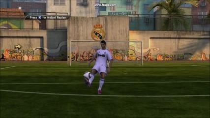 Fifa 11 ronaldo and ronaldihnio (skrasivi golove)
