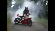 Yamaha R6 2007 Burnout