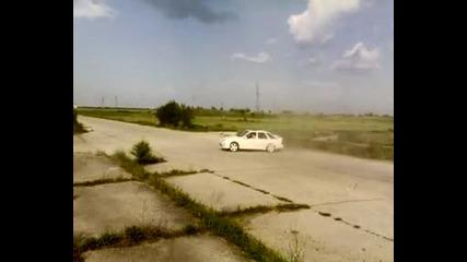 Дрифт с Форд Сиера Xr 4x4 на Ники Минчев