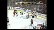 """""""Чикаго"""" на крачка от титлата в НХЛ след успех с 3:1 над """"Бостън"""""""