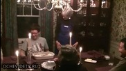 Рожденик не допускаше че при гасене на свещите ще импровизира фламбе!