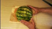Как се реже брилянтно диня, за да може да се яде по-лесно