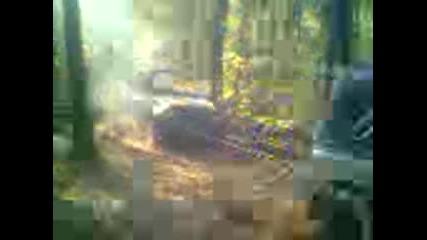 Yaz 469 2 v Sinio burdo