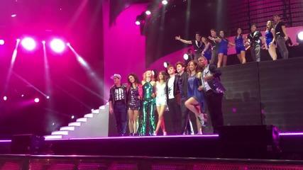 Violetta Live: Crecimos juntos + превод