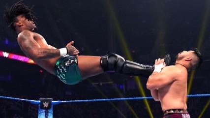 "Isaiah ""Swerve"" Scott vs. Raul Mendoza: WWE 205 Live, Jan. 17, 2020"