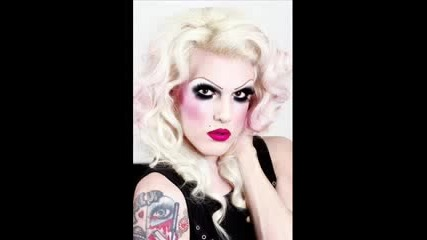 Jeffree Star - Eyelash Curlers & Butcher Knives