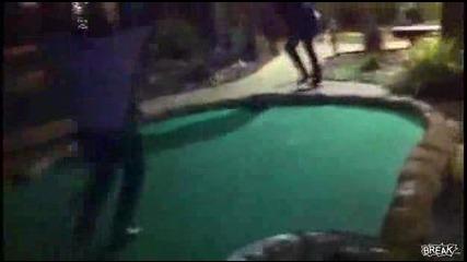 Лудо голф изпълнение! И луд коментатор (смях)