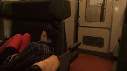 Спокойствие и комфорт във влак Емв на Бджvia torchbrowser.com
