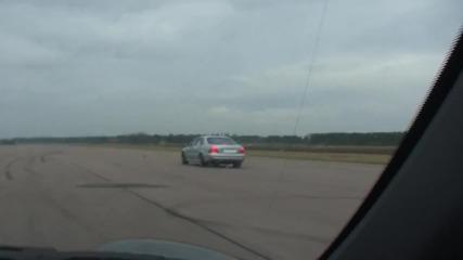 Mercedes-benz S 65 Amg срещу Porsche 911 50-290 km/h