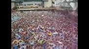 1000 души в един басеин