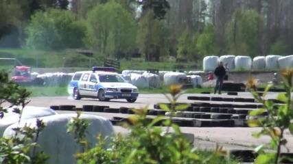 Полицейско Volvo V70