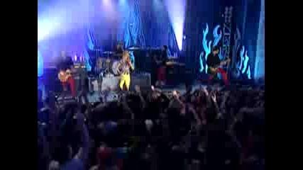 Paramore - Pressure Mtv Live