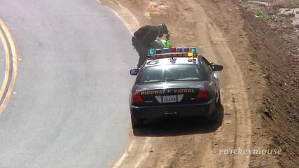 Mоторист се стряска от полицията