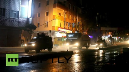 Turkey: Authorities and militants killed in clashes in Istanbul's Gazi