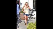 Бритни с перфектна визия - 9 юни 2010 (папарашки снимки)