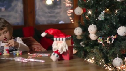 (hd Video) Емилия и Sakis Coucos - Oh, Christmas tree