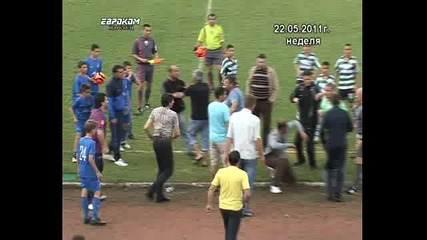 Боримиров се бие на детски футболен турнир