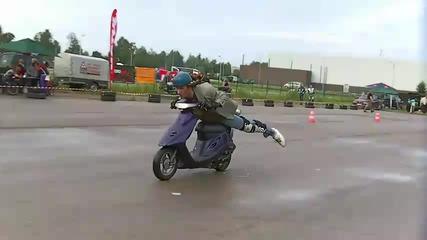 Хонда дио с доста луд шофьор !